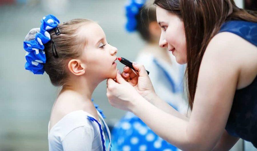 makeup hair dance recital kids e1553188056425